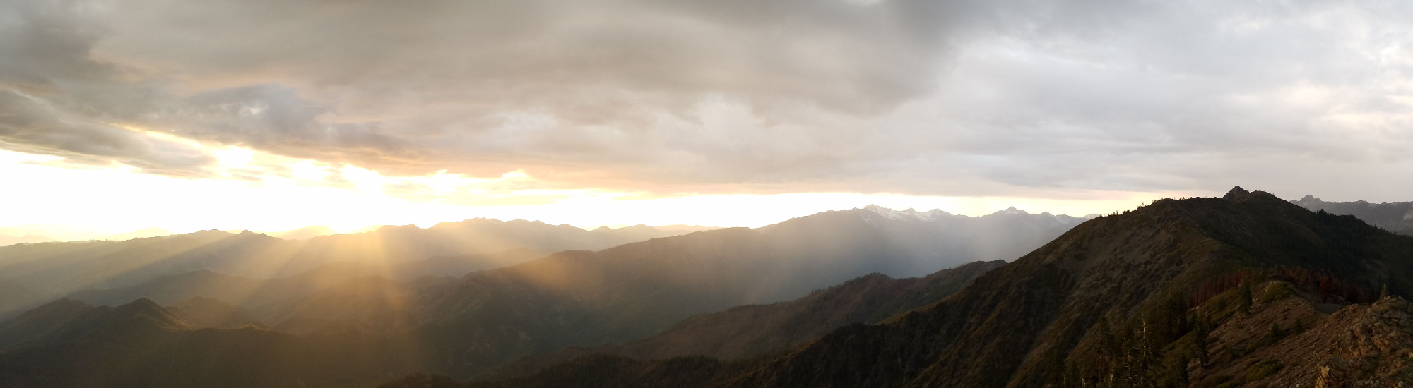 View of sun rays coming through clouds from Weaver Bolly Lookout